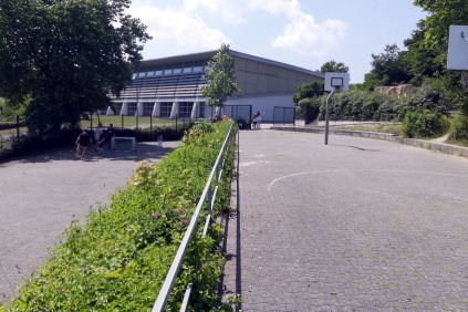 bolzplatz_basketballfeld_1