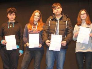 Zweite Runde für Sieger des hessischen Mathematikwettbewerbs an Max Ernst Schule