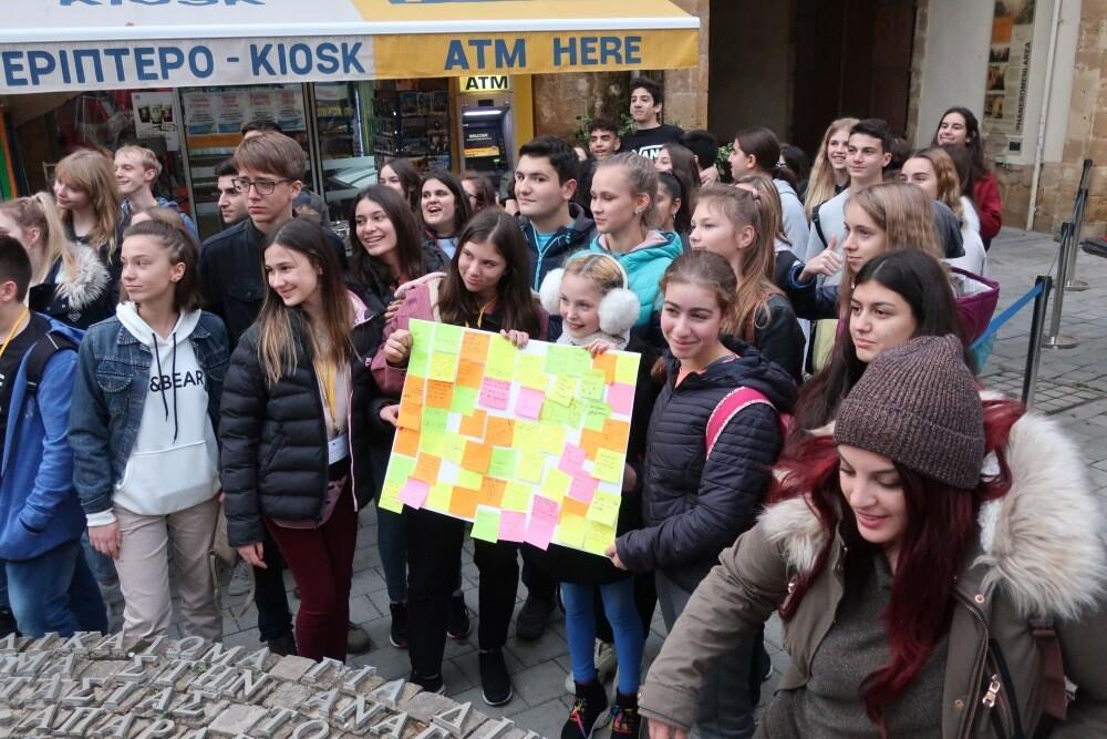 Schülerinnen und Schüler der Max-Ernst-Schule auf Europamission