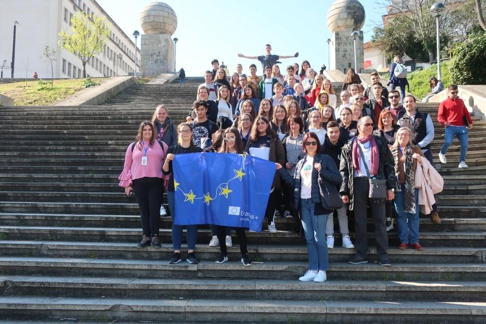 Erasmus: Schüler der Max-Ernst-Schule zu Besuch in Nazaré, Portugal