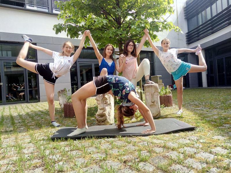 """Neues Video der AG """"Kreative Fitness für Mädchen"""""""