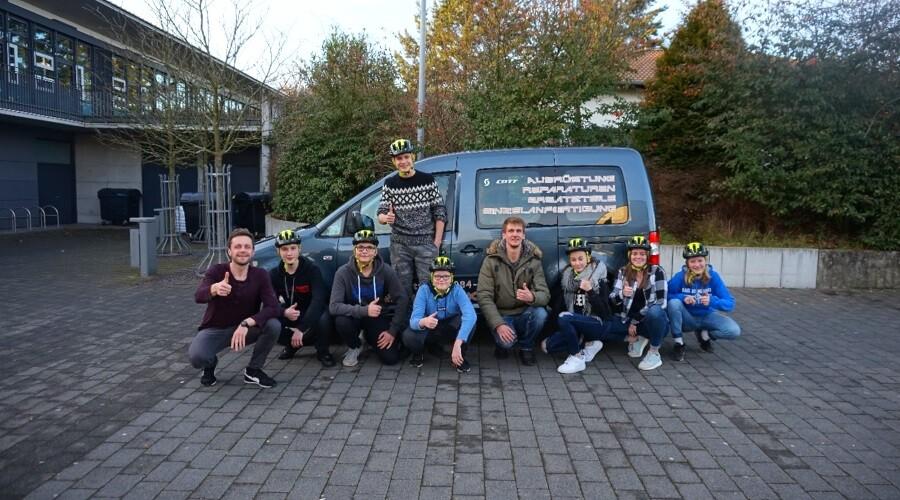 Helme für Mountainbike AG überreicht