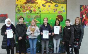 Gewinnerklassen des Schulprojekts 'Saubere Schule' geehrt